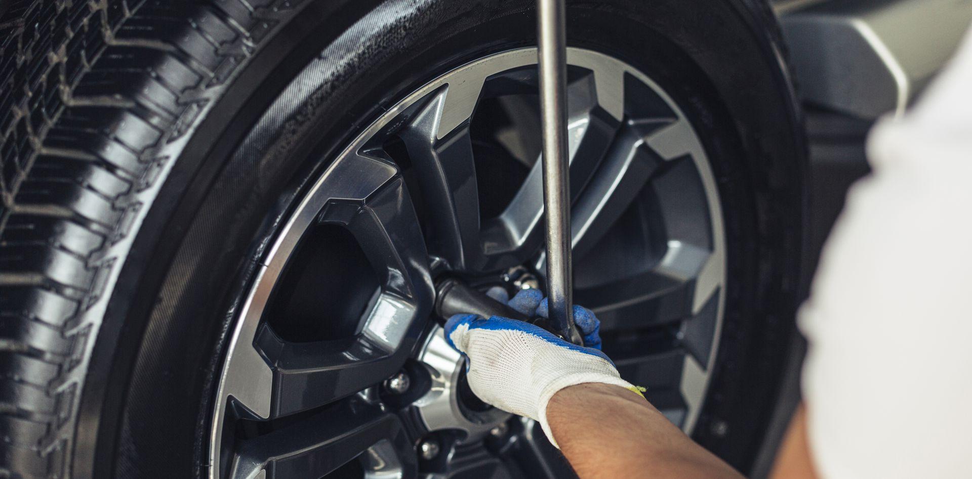 Opravy a výměny pneu